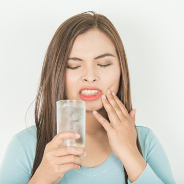 what tooth sensitivity means
